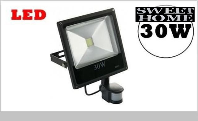 LED reflektor 30W, IP66 so senzorom pohybu